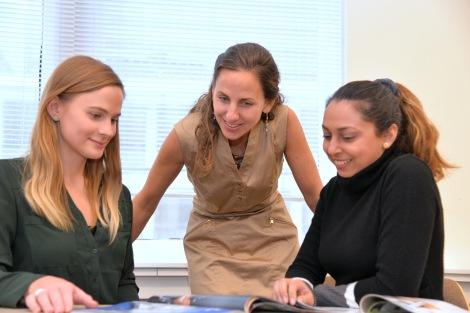Joanna Bauza and students